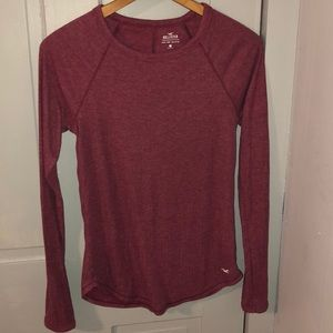 Hollister long sleeved basic tee